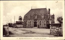 Cp Bacquepuis Eure, Carrefour De La Gare - Frankrijk