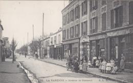LA VARENNE : L'Avenue De Bonneuil Et La Pharmacie Centrale Des Muriers. - France
