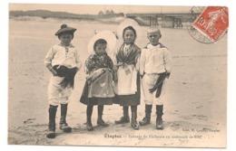 Etaples - Enfants De Pecheurs En Costume De Fete - CPA° - Etaples