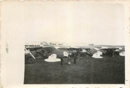 AVIONS ET HANGAR  PHOTO ORIGINALE FORMAT 9 X 6.50 - Aviación