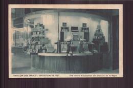 PAVILLON DES TABACS EXPOSITION DE 1937 UNE VITRINE D EXPOSITION DES PRODUITS DE LA REGIE - Exposiciones
