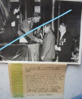 Photo Koningin ASTRID Koning LEOPOLD III Roi Crash De Ruiselede  1934 Aalter Tielt Royauté - Personnes Identifiées