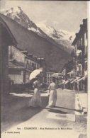 74 CHAMONIX MONT BLANC ELEGANTES RUE NATIONAL AUJOURD HUI RUE VALLOT  Editeur GARDET 890 - Chamonix-Mont-Blanc