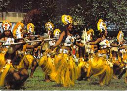 Polynésie Française-Le Groupe De Danse TAMARII TUBUAI  Iles Australes(1)(Vahiné Nues Nue)(Erwin Christian Tahiti 353)@ - Polynésie Française