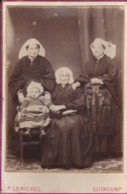 Photographie  Cote D'Armor Guingamp 4 Générations De Bretonnes Avec Coiffes Du Trégor PhotoP Lemichel ( Ref 191126) - Luoghi