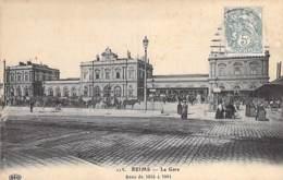 51 - REIMS : La Gare ( Batie De 1855 à 1861 ) CPA - Marne ( SNCF ) - Bahnhöfe Ohne Züge