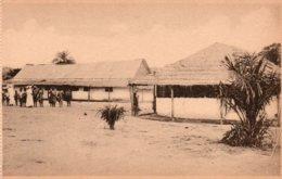 MISSION DES FILLES DE LA CHARITE DE ST. VICENT DE PAUL A NSONA-MBATA-LES MAISONS DES ENFANTS DES SOURES - Repubblica Centroafricana