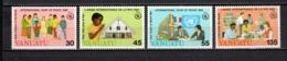 VANUATU  N° 751 à 754  NEUFS SANS CHARNIERE  COTE  10.00€  ANNEE DE LA PAIX - Vanuatu (1980-...)