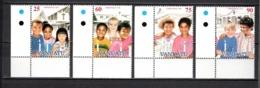 VANUATU  N° 1013 à 1016  NEUFS SANS CHARNIERE  COTE  6.50€  NOEL ENFANTS  EGLISE - Vanuatu (1980-...)