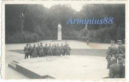 Campagne De France 1940 - Forêt De Compiègne (Oise) - Dalle Sacrée Au Carrefour De L'Armistice (près Rethondes) - Guerra, Militares