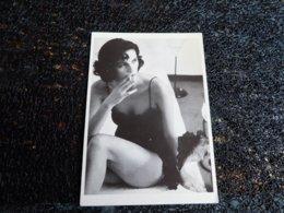 Femme Avec Cigarette, Ulla Kimmig, 1989   (i9) - Illustrators & Photographers