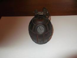 Grenade Anglaise Mills - Decotatieve Wapens