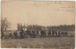 CPA   TRACTEURS  CARTE PHOTO  TRACTEUR A CHENILLES CLETRAC  ET A ROUES SCENIA - Tracteurs