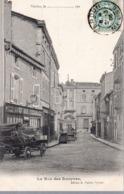 VERDUN  -  La Rue Des Rouyers  -  Attelages - Verdun