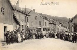 88 LA BRESSE PLACE DE LA POSTE Animée BUS AUTOCAR - France
