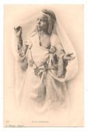 Femmes - Seins  Nus - Jeune Bedouine  -  CPA° - Algerien