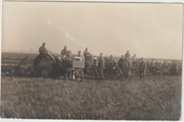 CPA   CARTE PHOTO MINISTERE DE L AGRICULTURE  BATTERIE 63  PHOTOGRAPHE LACOSTE PHOTO NOGENT - Tracteurs
