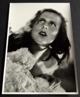 """LENI RIEFENSTAHL Im Kult-Film """"Das Blaue Licht"""" # Altes Großes Sammelbild / Great Vintage Photo Card # [19-3974] - Fotos"""