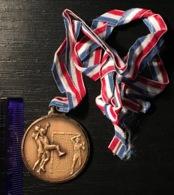 Football Soccer Winner Medal Sport - Uniformes Recordatorios & Misc