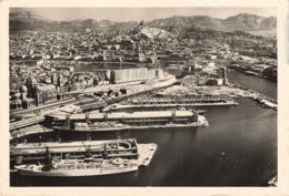 MARSEILLE - VUE AERIENNE SUR LE PORT DE LA JOLIETTE DANS LE FOND N D DE LA GARDE - Marseille