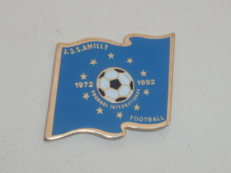 Pin's FOOTBALL, J.3.S. AMILLY, TOURNOI INTERNATIONAL - Fussball