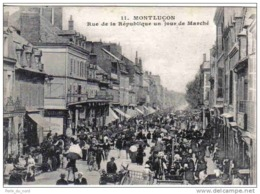 Carte Postale 03. Montluçon Rue De La République  Un Jour De Marché Trés Beau Plan - Montlucon