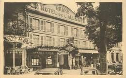 """/ CPA FRANCE 03 """"Moulins, Grand Hôtel De L'Allier, Place Allier, Centre De La Ville"""" - Moulins"""