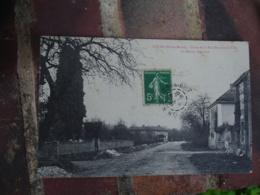Louze Maison Bertrand Rue Donzant La Ville - Francia