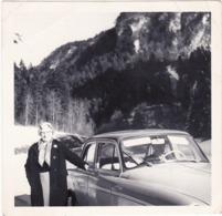 ARONDE - Simca : Mr. Au Volant Et Md. En Pose Sur La Route De Villars De Lans ( Format 9cm X 9cm ) 1963 - Auto's