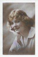 Rotary Photo - Hand-painted Photo Of British Beauty - Women