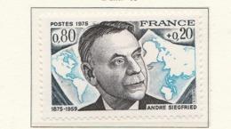 PIA - FRANCIA - 1975 : Personaggi Famosi : André Siegfried E Sovrattassa A Favore Della Croce Rossa  - (Yv 1858) - Primo Soccorso