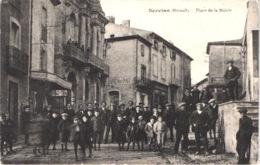 FR34 SERVIAN - Place De La Mairie - Café De La Paix - Animée - Belle - France