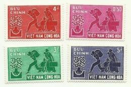 1960 - Vietnam Del Sud 134/37 Anno Del Rifugiato - Vietnam