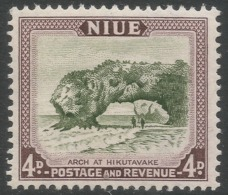Niue. 1950 Definitives. 4d MNH. SG 117 - Niue