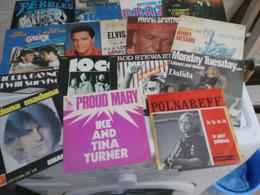 Lot De 131 Disques Vinyles En Très Bon états  Principaux Des  Années 70 - Andere