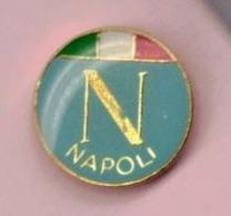 PIN'S - SPILLA - DISTINTIVO -  CALCIO FOOTBALL SQUADRA NAPOLI ( ANNI 80' ? ) - Calcio