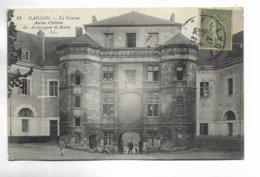 27 - GAILLON - La Caserne. Ancien Château Des Archevêques De Rouen. - Francia