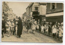 44 CARTE PHOTO à Localiser Fete Procession Jeunes Filles Vers 1920 Photog Charles FOUQUET Nantes    D18  2019 - Sin Clasificación
