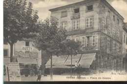 CPA Cours - Place Du Centre -  Circulée - Cours-la-Ville