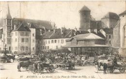 ANNECY - Le Marché - La Place De L'Hôtel De Ville - Annecy