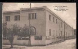 CPSM. Maroc. Casablanca. Institution Sainte Jeanne D'Arc. Façade Ouest. Circulé. - Monuments