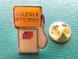 PIN'S TOTAL GAZOLE PREMIER - Kraftstoffe