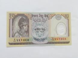 NEPAL 10 RUPEES 2001 - Nepal