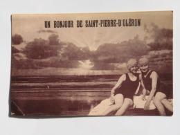 C. P. A. : 17 ILE D'OLERON : Un Bonjour De SAINT-PIERRE D'OLERON, De 2 Nageuses, éditeur Baudel - Ile D'Oléron