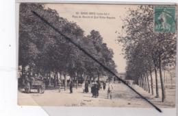 Basse-Indre (44) Place Du Marché Et Quai Victor Boquien - Basse-Indre