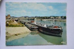 ALFORVILLE-la Seine Et Ses Peniches A Quai - Alfortville