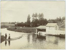 Au Moulin D'Hyenville Circa 1900. Lavoir. Manche. Normandie. - Lieux