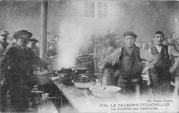 42 // LE CHAMBON FEUGEROLLES // LA CUISINE DES GRÉVISTES - EDITION GIROUD 1701 - Le Chambon Feugerolles