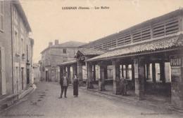 LUSIGNAN - Les Halles - Lusignan
