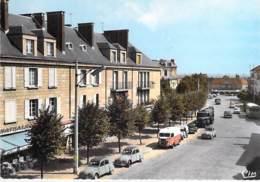 78 - ST CYR L'ECOLE Rue Pierre Curie ( Bon Plan 2 CV Et Tube Citroen - Jolie CPSM Dentelée Colorisée GF 1969 - Yvelines - St. Cyr L'Ecole